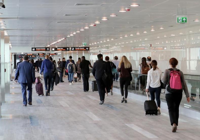 Wanneer wel of geen recht op geld terug bij vertraging vliegtuig?