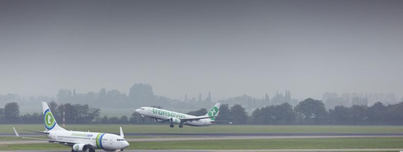 Piloot rent vervelende passagiers achterna en wordt mishandeld. Wel of geen recht op schadevergoeding voor de passagiers vanwege vertraging?